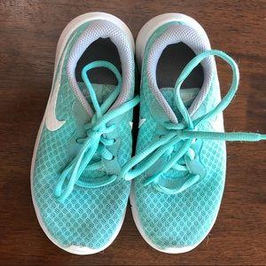 Nike 12c girls shoes